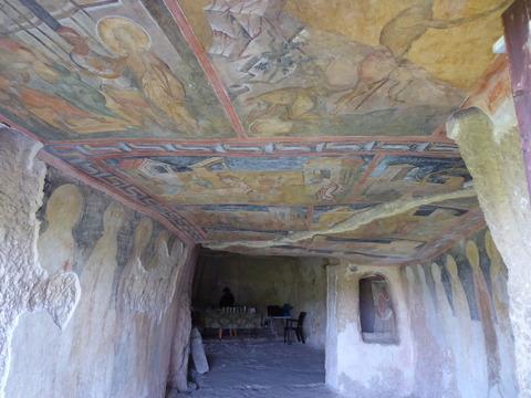 イワノヴォの岩窟教会 (16)