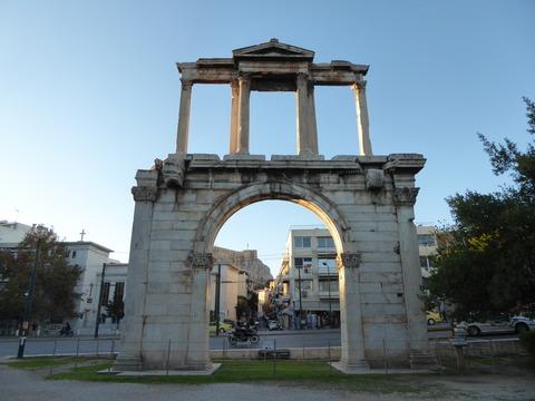 ハドリアヌスの凱旋門 (2)