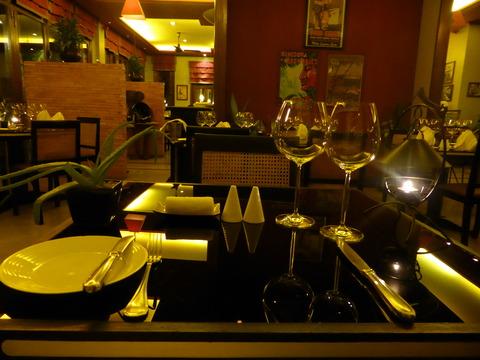 ④テーブル
