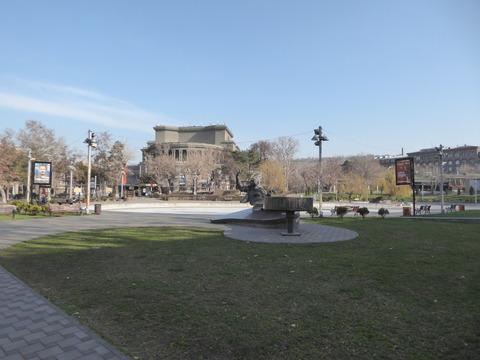 自由広場 (1)
