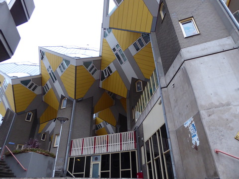Cube Houses (13)