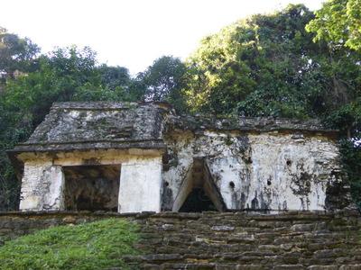 パレンケ (8) 頭蓋骨の神殿