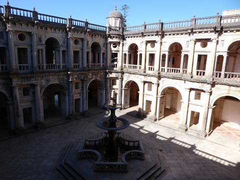 キリスト修道院 (61)主回廊