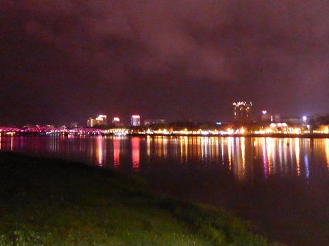 フエの夜景