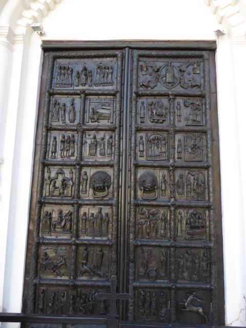 クレムリン (23)青銅のドア