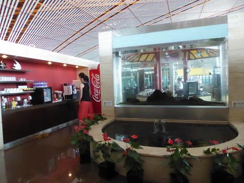 北京空港ラウンジ (7)