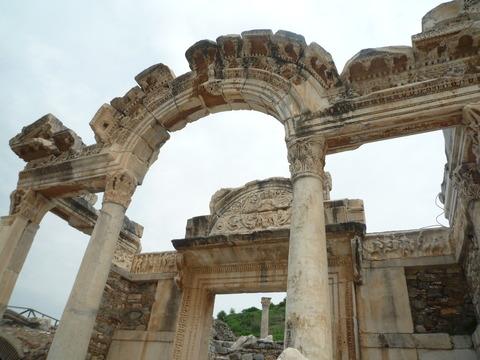 ⑲-33ハドリアヌス神殿