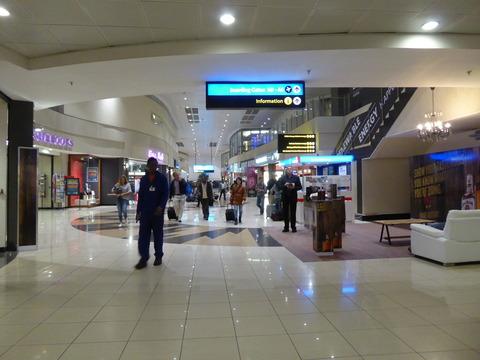 ①ヨハネスブルグ空港 (1)