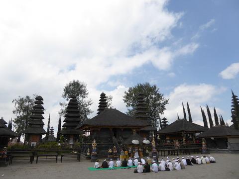 バトゥール寺院3
