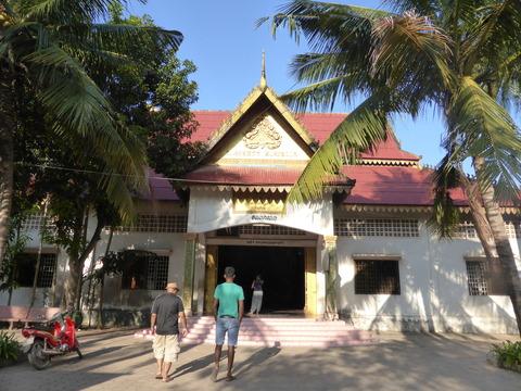 ワット・トゥメイ寺院1