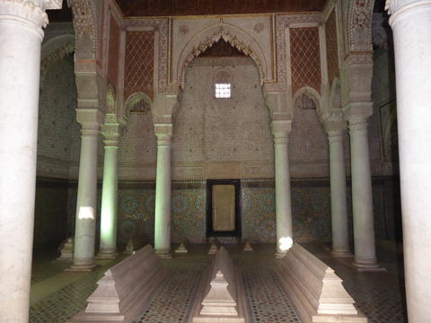 ④サアード朝の墳墓群9