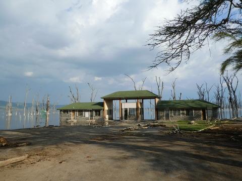 ナクル湖 (125) 旧ゲート
