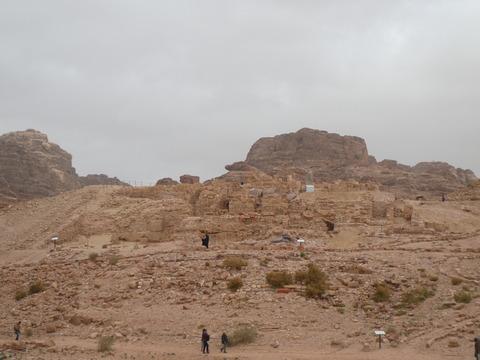柱廊通り (20)有翼ライオンの神殿