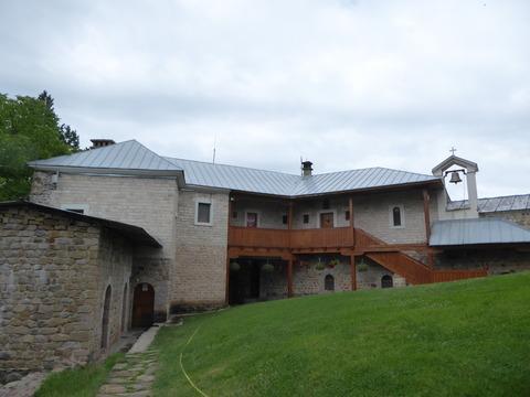 ストゥポヴィ修道院 (14)