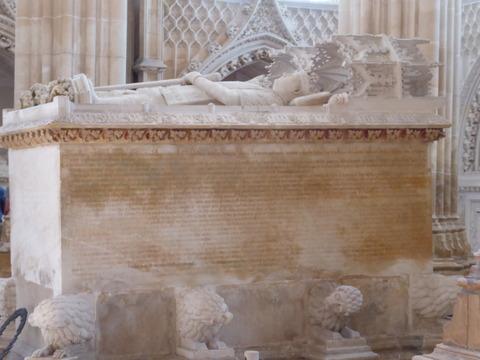 バターリャ修道院 (61)ジョアン1世と王妃の石棺