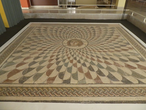 スース考古学博物館 (74)