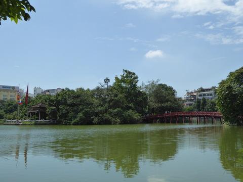 ホアンキエム湖3