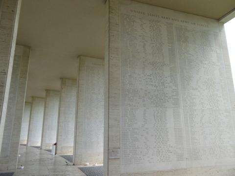 ⑫米軍記念墓地20