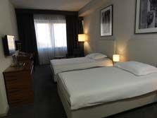 アトリウムホテル