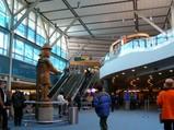 バンクーバー空港ロビー