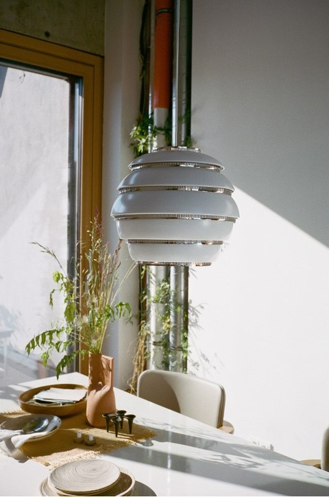 Pendant_Light_A331_Beehive_white_lacquered_3_JPG