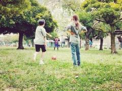 紗栄子、子どもとサッカーを楽しむ姿に称賛の声「ママとして憧れる!」
