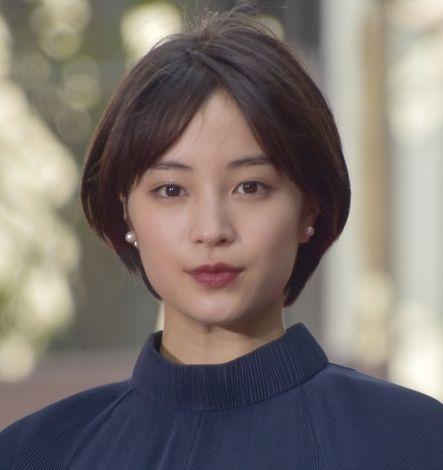 芸能】広瀬すず、ミニスカ+ニーハイで「狙い撃ち!」新CM公開