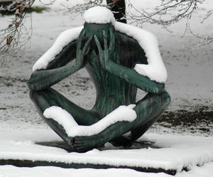 SnowyStatue