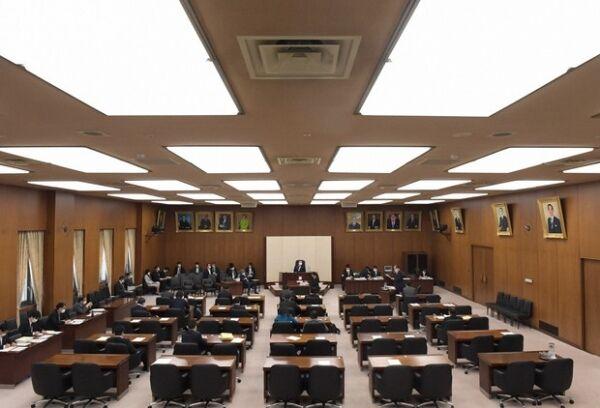 検察官定年延長法案
