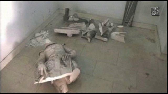 セバスティアン国王 銅像破壊