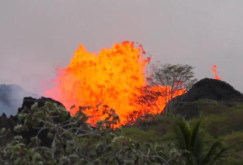 キラウエア火山 噴火