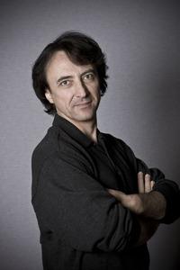 Jean-Efflam Bavouzet High Res 4 - credit Paul Mitchell