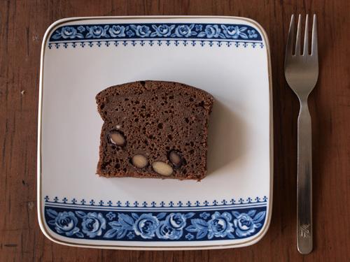 黒豆入りチョコレートケーキ