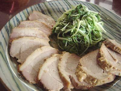 味噌漬け煮豚、水菜の炒め