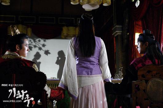 復習 の 皇后 韓国が原作の復讐の皇后という漫画が読めるサイトを探しています。言...