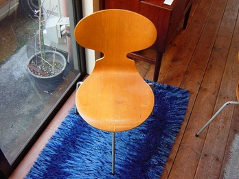 Ant Chair-2