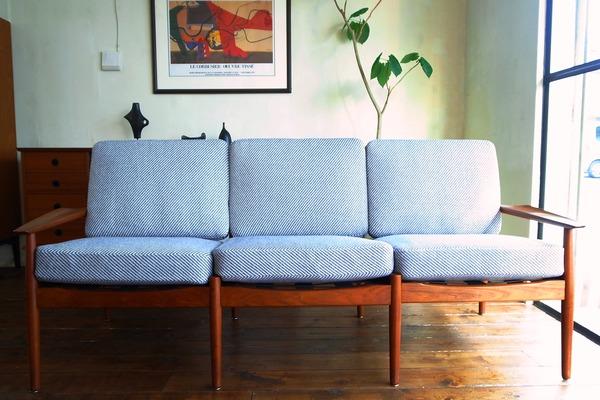【Restocked】3 Seater Sofa / Arne Vodder