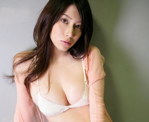kobayashi_emi-1501-014s
