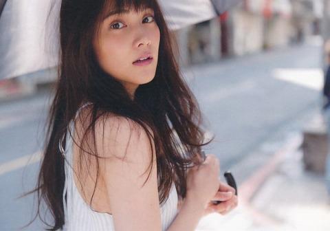 anna_iriyama_s_036