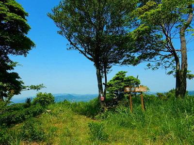 炭倉山 (2)山頂にて