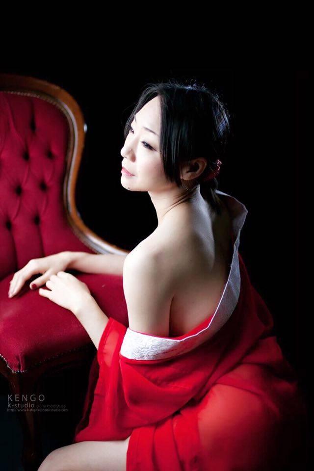 若林美保-04