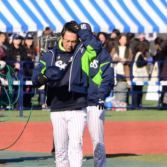 【悲報】ヤクルト松岡健一さんの髪