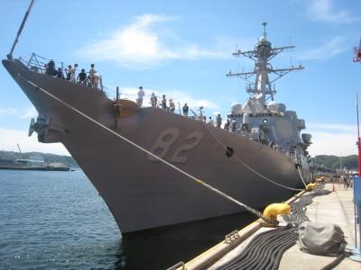 米軍横須賀基地のフレンドシップデー米軍の艦船