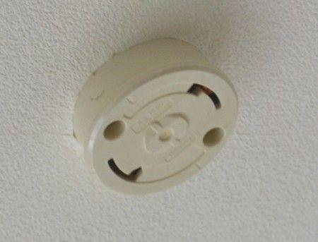 LEDシーリングライトの取り付け 天井