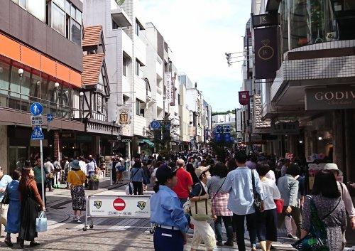 横浜元町ショッピングストリート チャーミングセール