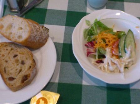 銀座 木村屋3階のグリルでランチ パンは食べ放題