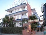 リゾート地シッチェスのホテル アンテマーレ