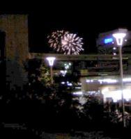 花火横浜の橋の上から