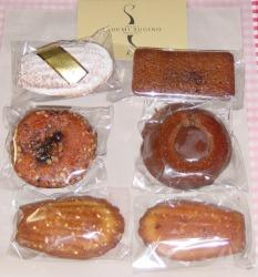 イデミ スギノの焼き菓子