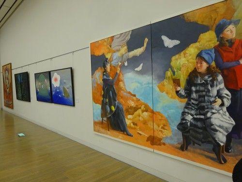 六本木の国立新美術館で開催中の『国展』へ。絵画、版画、陶芸、写真、染織物(着物)、など